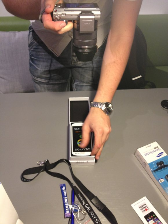Samsung Galaxy S3 Blogger-Unboxing