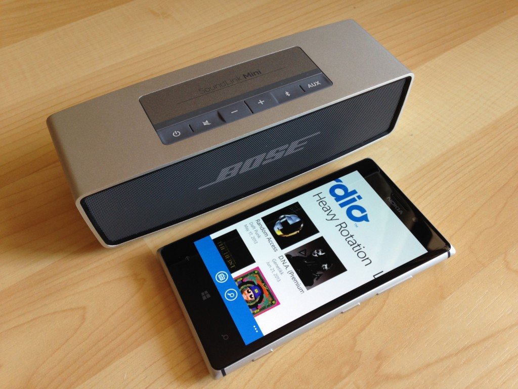 test bose soundlink mini bluetooth lautsprecher verbindet. Black Bedroom Furniture Sets. Home Design Ideas