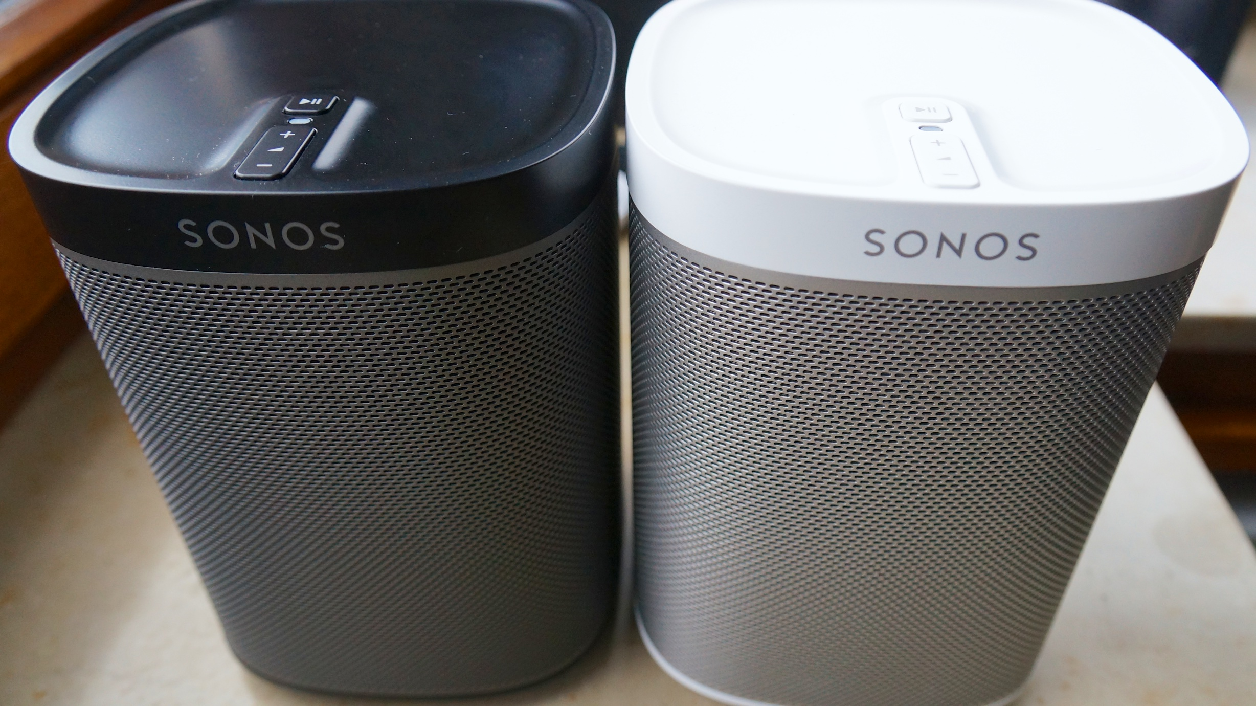 sonos play 1 im test der perfekte einstieg in die welt der multi room systeme stereopoly. Black Bedroom Furniture Sets. Home Design Ideas