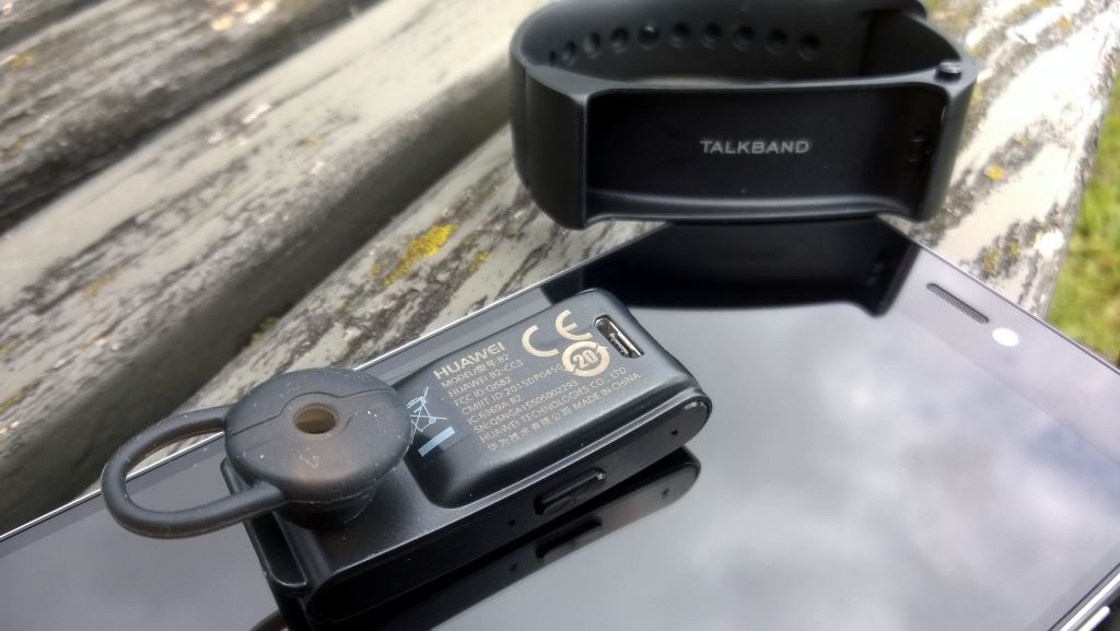 huawei-talkband-b2-headset Edle Geräte aus Fernost: Huawei P8 & Huawei TalkBand B2 im Test Gadgets Gefeatured Google Android Smartphones Testberichte