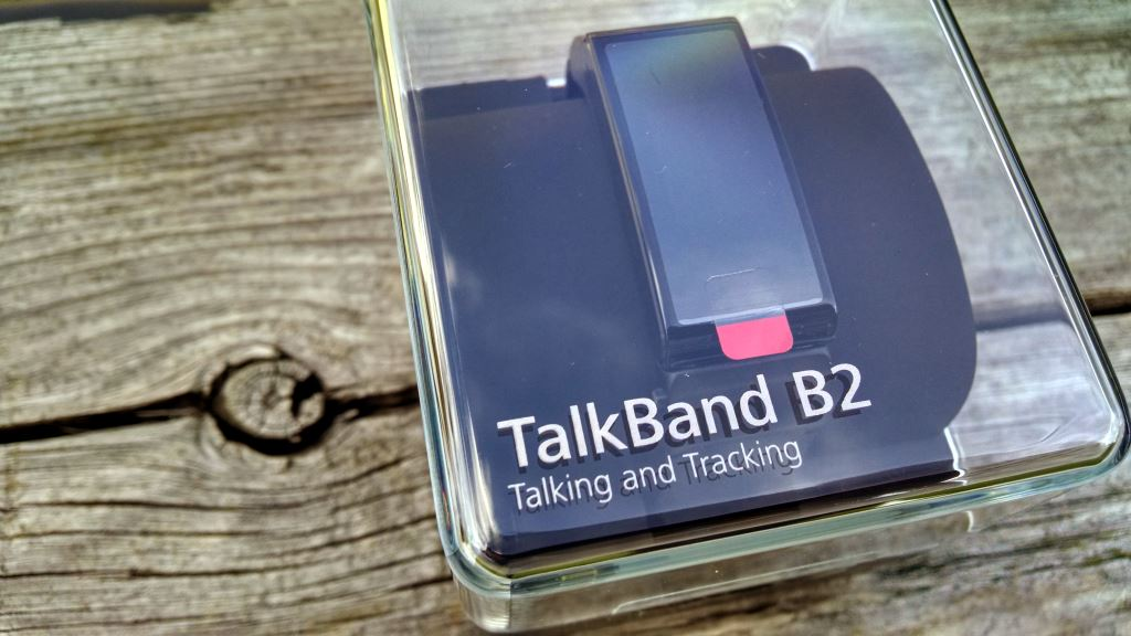 huawei-talkband-b2-packung Edle Geräte aus Fernost: Huawei P8 & Huawei TalkBand B2 im Test Gadgets Gefeatured Google Android Smartphones Testberichte