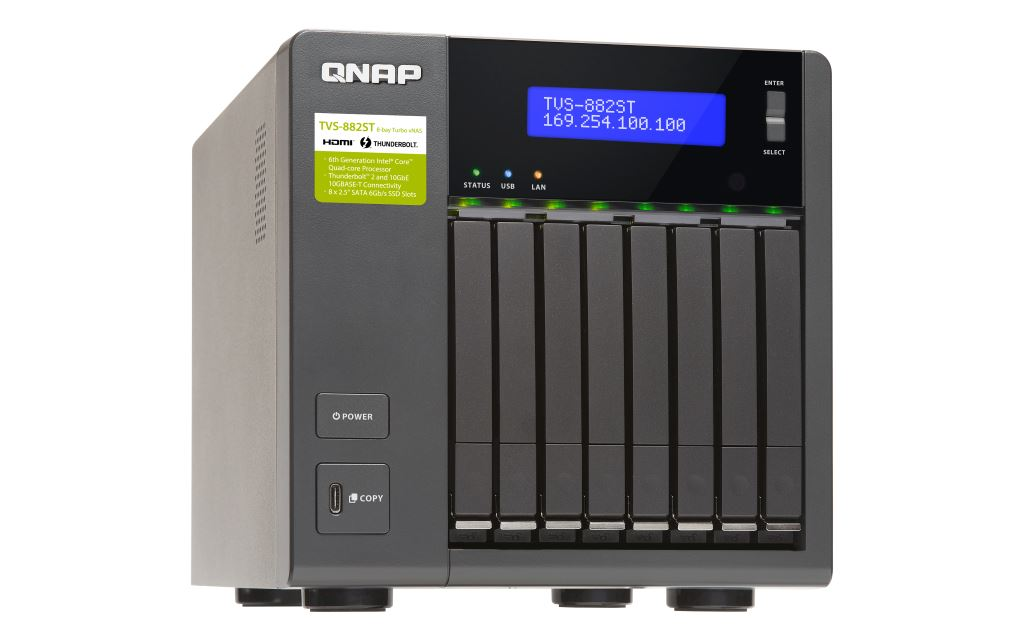 qnap-tvs-882st2-thunderbolt-2-nas-schräg QNAP startet mit Thunderbolt-2-NAS QNAP TVS-882ST2 ins neue Jahr Apple iOS Apple macOS Computer Google Android Software Technologie Windows YouTube Videos