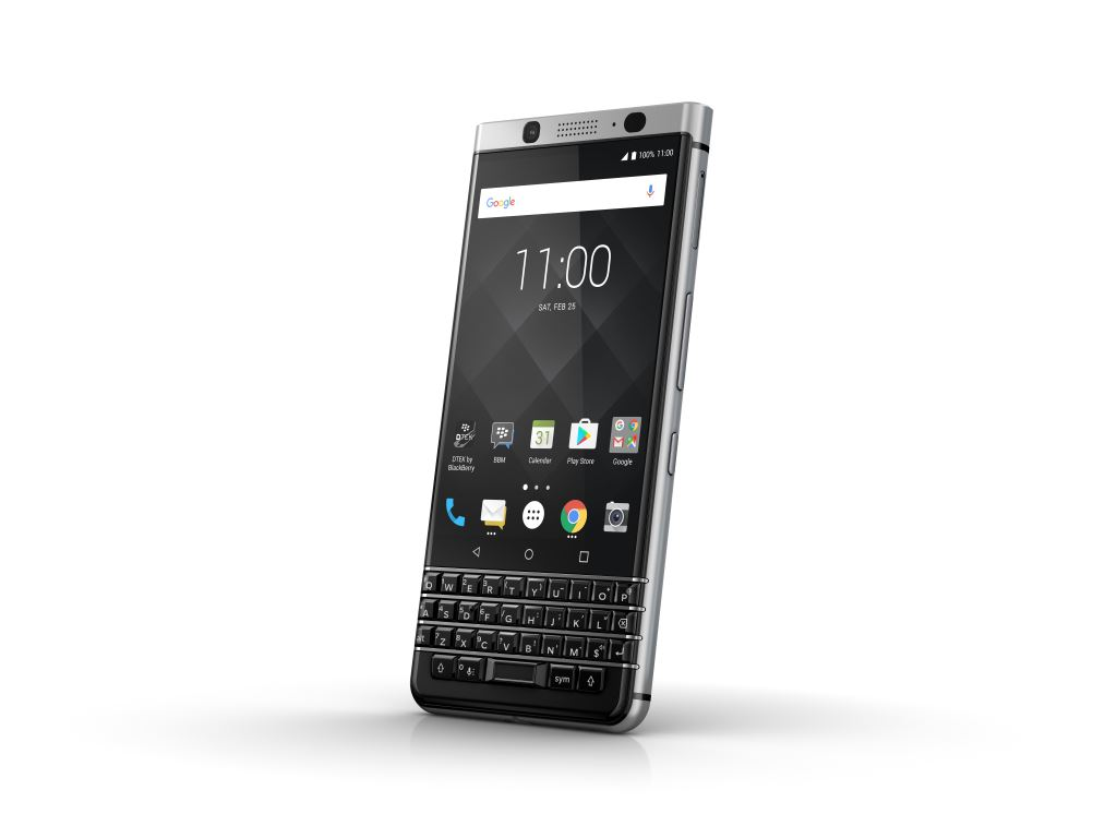 blackberry-keyone-schräg [MWC 2017] TCL zeigt das Blackberry KEYone Google Android Smartphones