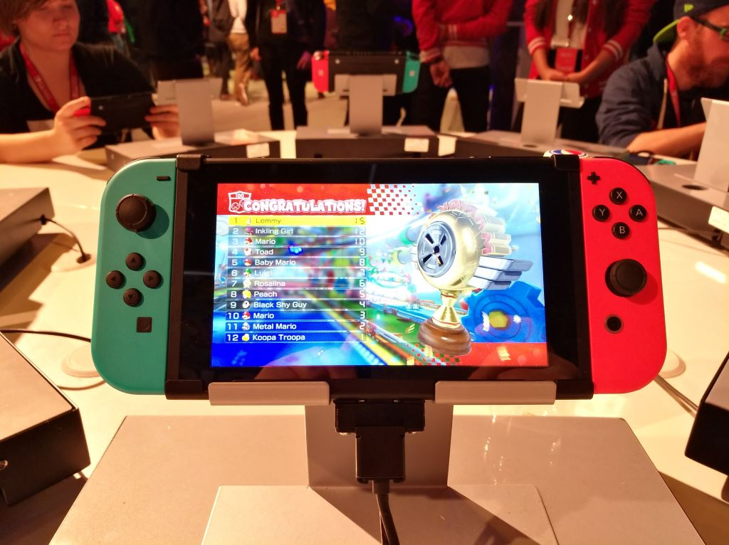 nintendo-switch-multiplayer-mario-kart Nintendo Switch - Das Gaming-Tablet unter der Lupe Gadgets Games Gefeatured Spielekonsolen Switch Tablets Technologie Unterhaltung