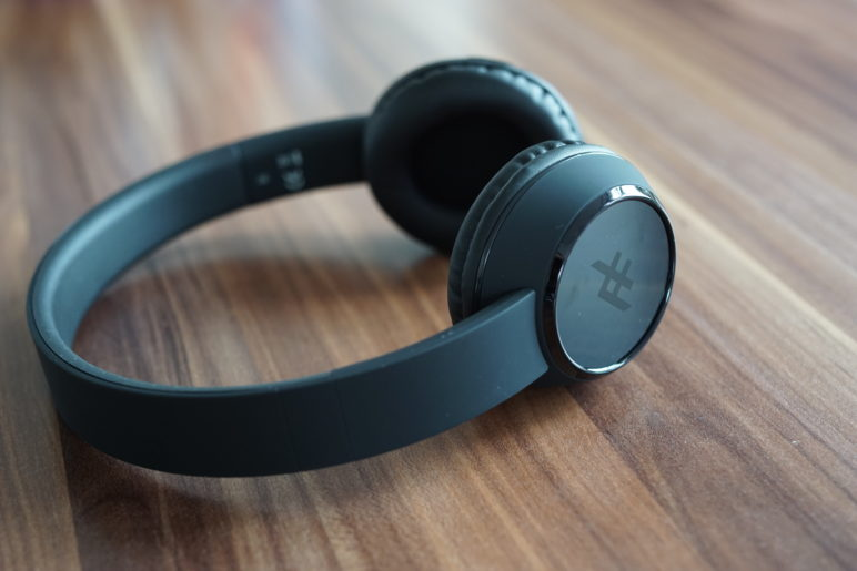 iFrogz Coda Wireless Headphones im Test 3