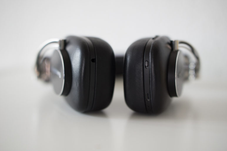 Bowers-Wilkins-P7-Wireless-Test-02002-772x515 Bowers & Wilkins P7 Wireless - Edel-Kopfhörer im Test Around-Ear Audio Gadgets Kopfhörer Reviews Technology Testberichte