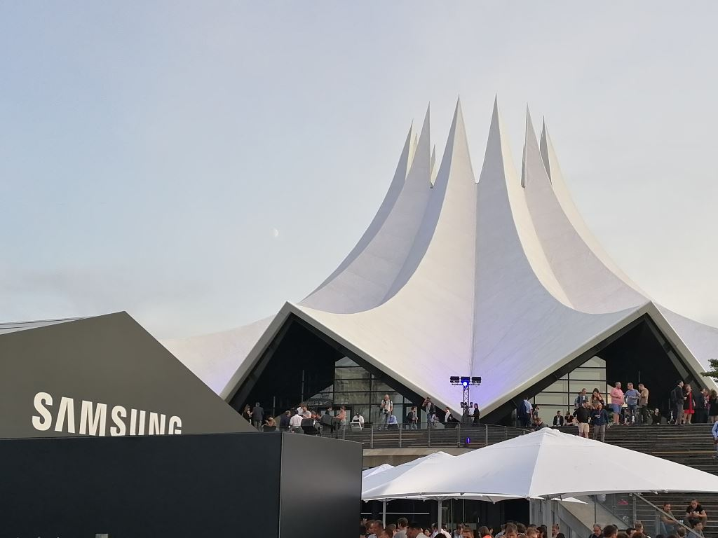 samsung-ifa-2017-tempodrom [IFA 2017] Samsung Gears Up - neue Wearables für den Herbst Audio Gadgets Google Android In-Ear Kopfhörer Samsung Smartwatches Technology Tizen Wearables YouTube Videos