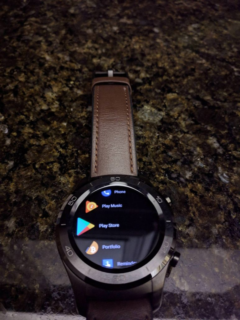 Android Wear 2.8