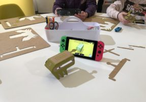 nintendo-labo-rc-auto_02-287x200 Nintendo LABO - mit Pappe programmieren lernen - ab heute im Handel Entertainment Featured Games Hardware Reviews Software Spielekonsolen Switch Technology Testberichte YouTube Videos