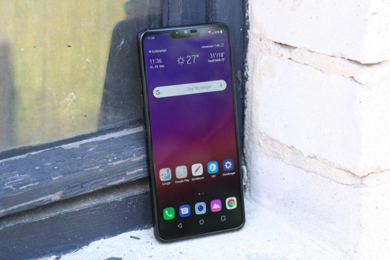 LG G7 ThinQ - Front