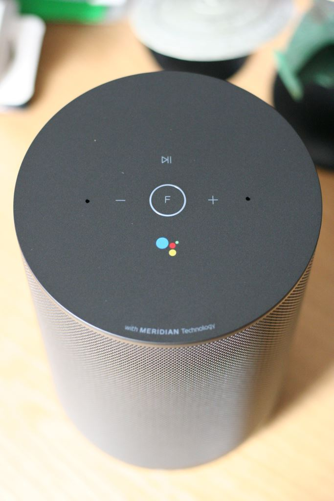 lg-wk7-top-down Vier smarte Lautsprecher mit Google Assistant im Vergleichstest Apple iOS Audio Gadgets Gefeatured Google Google Android Lautsprecher Smart Home Technologie Testberichte