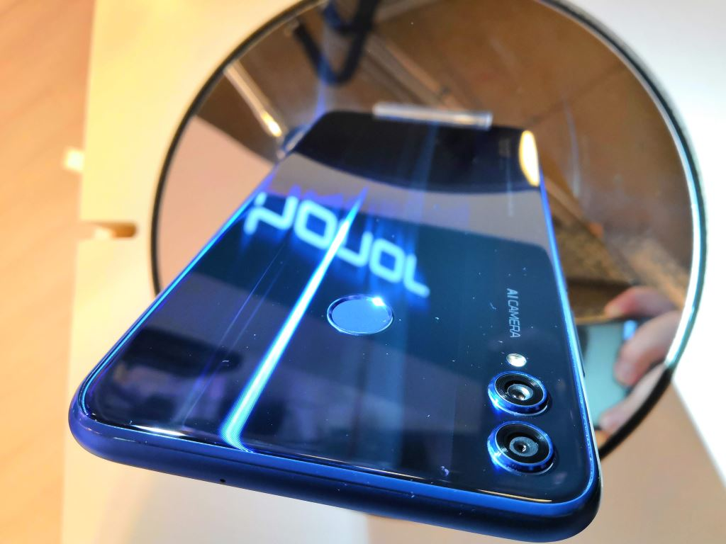 honor-8x-dual-cam Honor 8X im Hands-On und ab 249 Euro zu haben Gadgets Google Android Honor Smartphones YouTube Videos