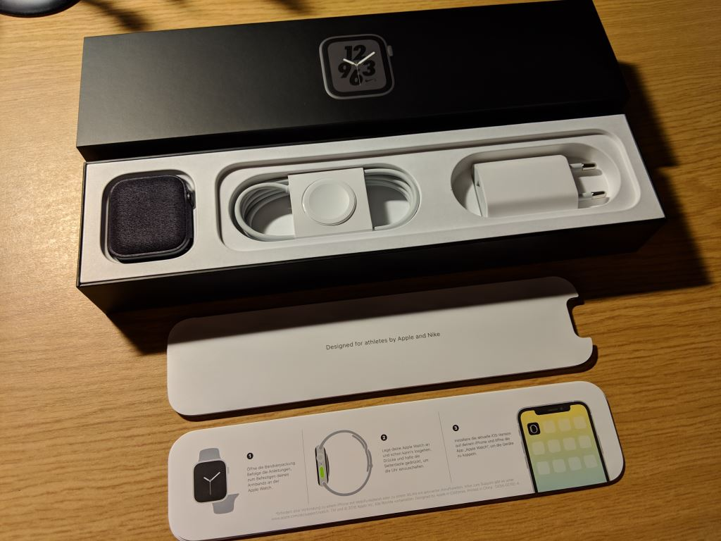 apple-watch-nike-plus-series-4-unboxing_09 Apple Watch Nike+ Series 4 im Unboxing und erster Eindruck Apple Gadgets Hardware Smartwatches Wearables
