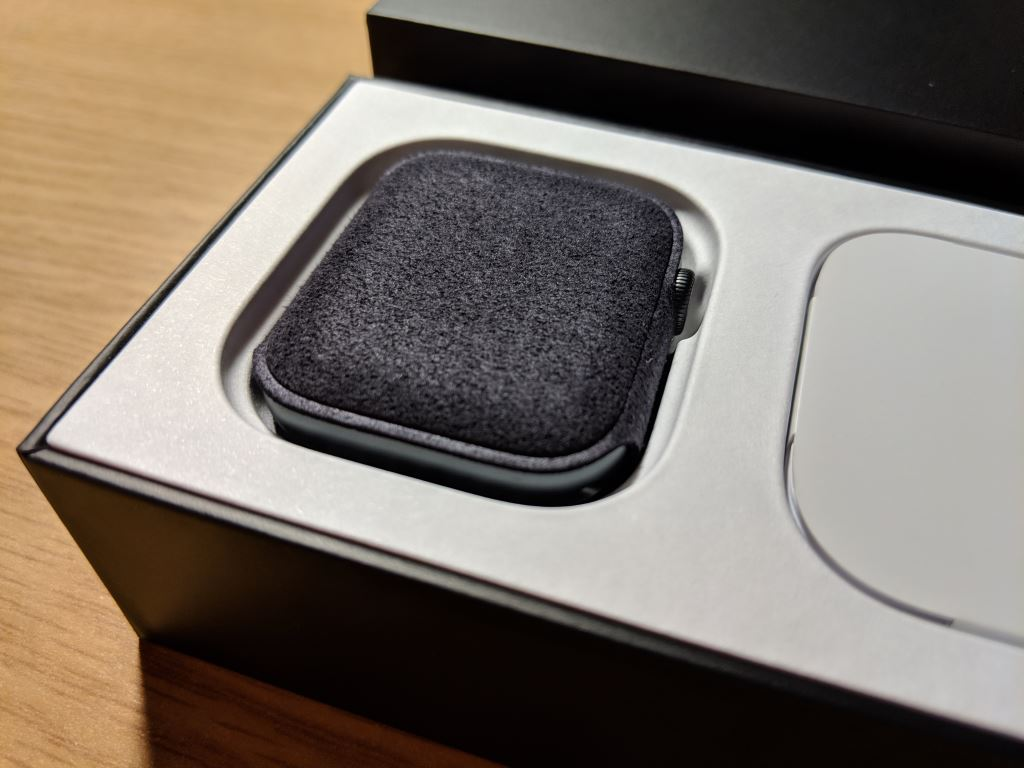 apple-watch-nike-plus-series-4-unboxing_10 Apple Watch Nike+ Series 4 im Unboxing und erster Eindruck Apple Gadgets Hardware Smartwatches Wearables