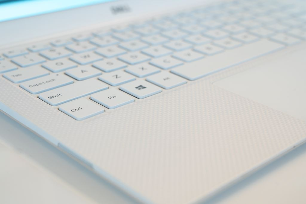 dell-xps-13-9380-keyboard [CES 2018] Dell XPS 13 (9380) für 2019 in Frost White vorgestellt CES 2019 Computer Dell Events Hardware Windows