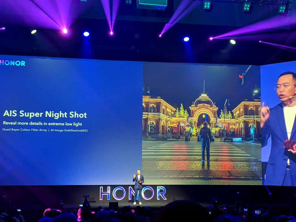 honor-view20-keynote-ais-super-night-shot Kameravergleich: HONOR View20 vs. Google Pixel 3 Events Foto Gadgets Google Android Hardware Honor Reviews Smartphones Technology