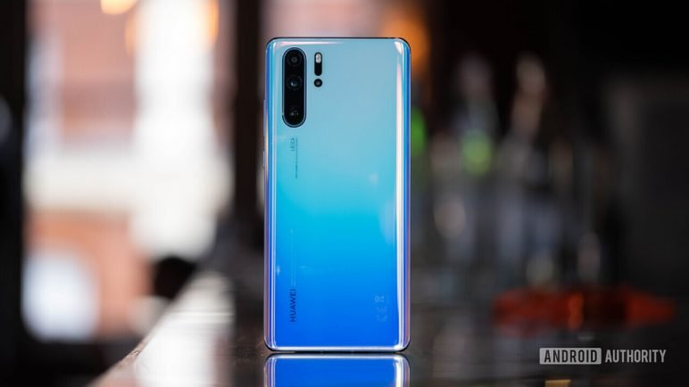 Huawei-P30-Pro-back-standing-up-37-of-60-1280x720-772x434 Das ist also das neue Huawei P30 / P30 Pro Huawei Smartphones Technology