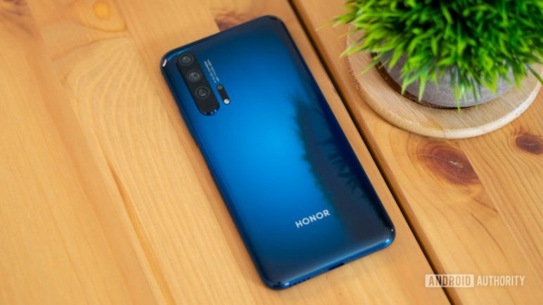 Honor-20-Pro-rear-glass-840x472-772x434 Dank des Handelsembargos gibt es erst mal kein Honor 20 Pro Honor Smartphones