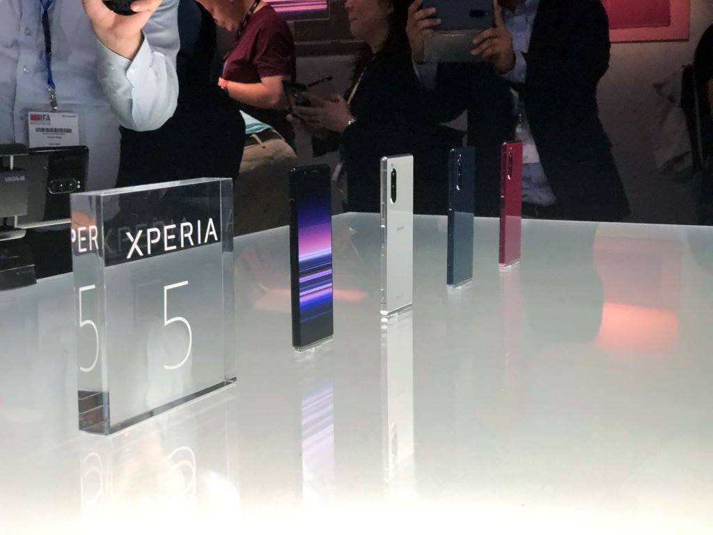 ifa-2019-sony-xperia-5-colors [IFA 2019] Sony Xperia 5 und 2. Generation Nackenbügelkopfhörer mit ANC im Hands-On Audio Events Gadgets Google Android IFA Kopfhörer Smartphones Sony Technologie YouTube Videos
