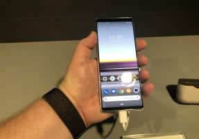 ifa-2019-sony-xperia-5-front-287x200 [IFA 2019] Sony Xperia 5 und 2. Generation Nackenbügelkopfhörer mit ANC im Hands-On Audio Events Gadgets Google Android IFA Kopfhörer Smartphones Sony Technologie YouTube Videos